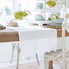 Chemin de table Kara blanc