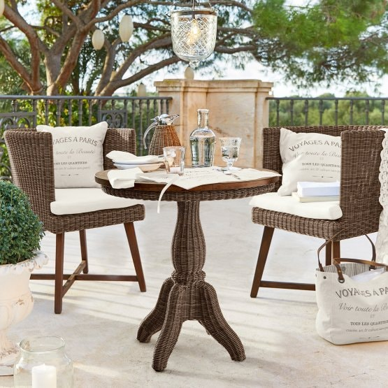 Table Larkson marron